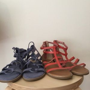 2 brand new pairs of old navy sandals